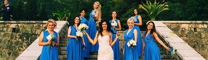 Подружки невесты на свадьбе в Черногории